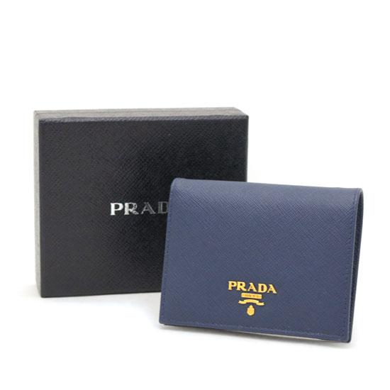 プラダ コンパクト財布