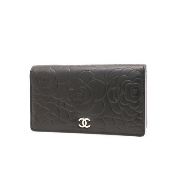 シャネル 二つ折り財布